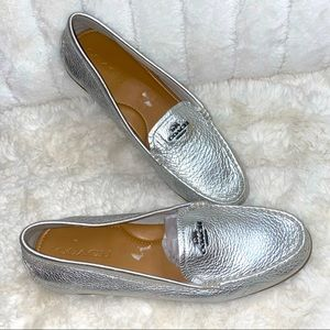 Coach Mary Lock up Platinum loafers size 9 1/2